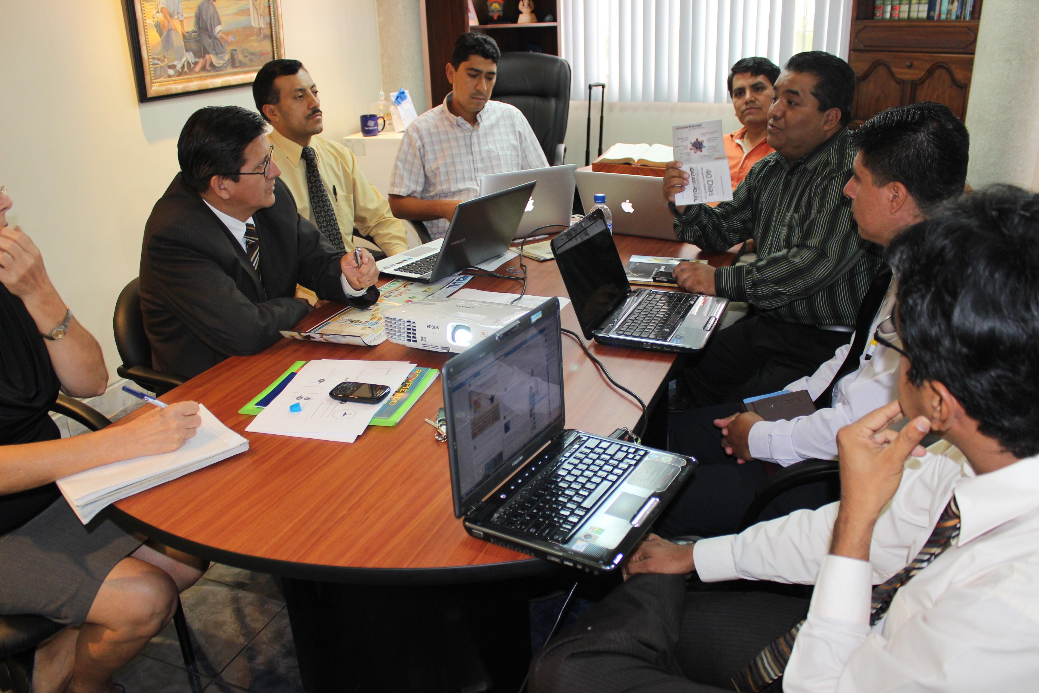 Líderes de la iglesia en Ecuador planifican proyectos para el siguiente año