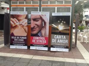 Banners que promocionaron los cursos de salud, en Chaco.