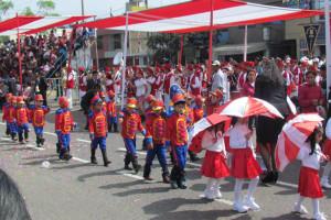 Fervor patriótico en los colegios adventistas de Trujillo