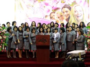Encuentro de damas capacita a lideresas del ministerio de la mujer2