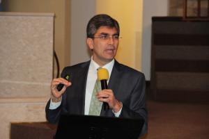 El pastor Magdiel Pérez  trajo datos que contextualizan la realidad adventista en ocho países de Sudamerica.