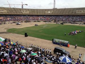 Solamente el sábado, 7 de diciembre, 90 mil personas asistieron a los programas evangelísticos realizados en dos estadios.