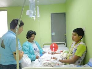 La oración intercesora ayudó a los pacientes a pedir por la mejoría en su salud.