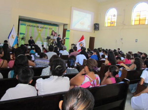 Inversiones mejoran la calidad educativa en el Peru
