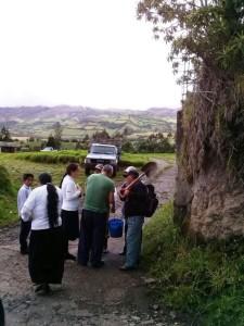 La publicación fue entregada a agricultores y pobladores de la zona.