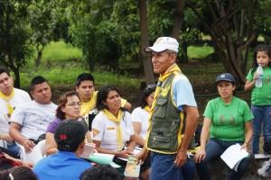 Departamental de Jóvenes, Julio César Álava, motiva a los jóvenes líderes a trabajar para Dios.