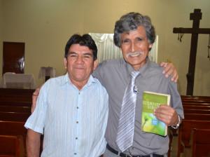 Fue invitado a pintar la iglesia, recibió estudios bíblicos y entregó su vida a Cristo1