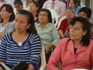 Invitados participaron de Amigos de Esperanza en la iglesia adventista
