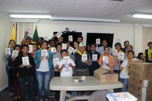 """Libros """"La Única Esperanza"""" listos para impactar Ambato"""