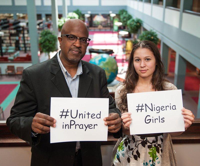 La iglesia adventista a nivel mundial está poniendo en marcha una campaña de oración unida con los hashtags sugeridos y lema # unitedinprayer para # nigeriagirls.