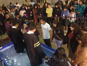 Caravana da a conocer primeros bautismos. / Foto: Comunicaciones MPS.