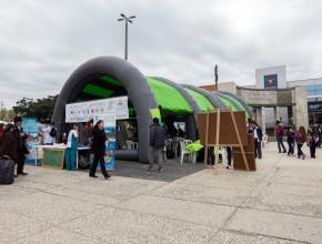 Carpa de Exposalud en Montevideo, Uruguay.