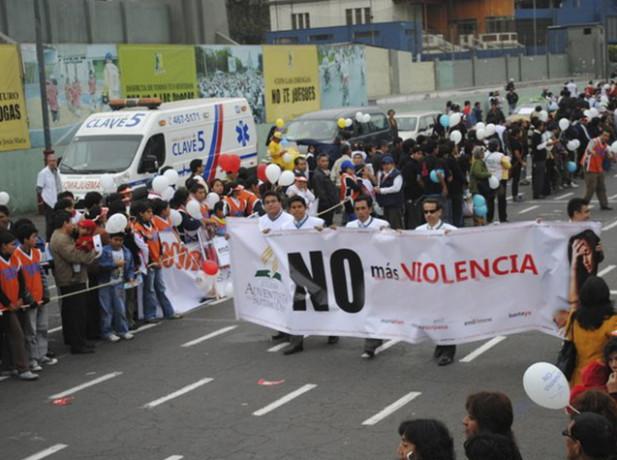 """Miles de personas realizarán marcha """"El amor construye, la violencia destruye""""."""