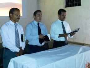 La Iglesia Adventista mantiene una actividad permanente que le permite mantener encendida la llama de su fe