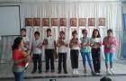"""Los alumnos recibieron un ejemplar de la revista """"Rompiendo el silencio"""""""