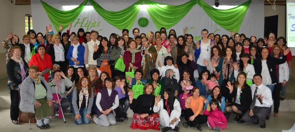 105 mujeres dispuestas a servir
