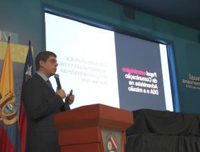 Pastor Rafael Rossi explicou que a comunicação moderna exige adaptação a novas tecnologias, o que já está contemplado no documento votado pela liderança adventista sul-americana.