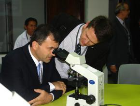 Inicia encuentro de médicos obreros en Perú1