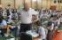 Estudiantes haciendo el examen de matématica en la Asociación Educativa Adventista