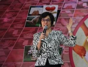 Williane Marroni, invitada especial de la división Sul Americana, hablando sobre el tema: una iglesia receptiva