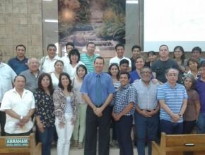 Msc. Cristhian Álvarez, Coordinador de la carrera de Teología del ITSAE, fue el facilitador de este seminario