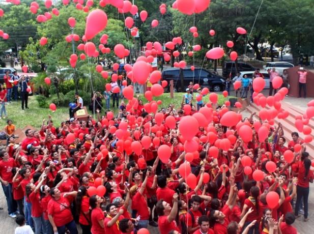 Impacto en Asunción (Plaza de la Democracia)