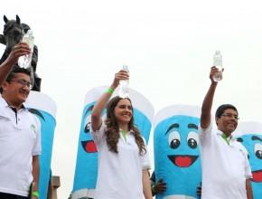 Personalidades de la opinión pública del Perú respaldan consumo de agua como parte de un estilo de vida saludable.