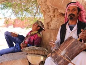 A Bedouin musician playing near the site if a tentmakers meeting in Petra, Jordan. (Chanmin Chung / MENA)