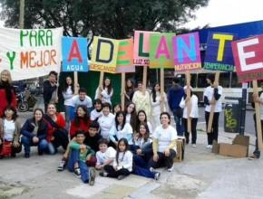 Miles de jóvenes se sumaron al proyecto Impacto Esperanza en diversos proyectos comunitarios.