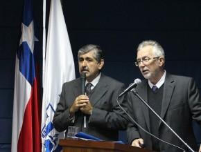 Dr. John Graz hablando a los presentes en la Universidad Adventista de Chile. ®Departamento de Comunicación UnACh