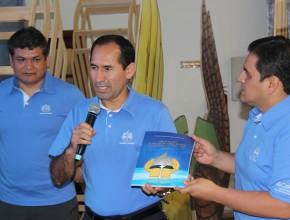 Líderes entregaron el proyecto presentaron a líderes sudamericanos.