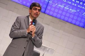 Pastor Magdiel Pérez Shultz, secretario de la Iglesia Adventista en América del Sur.