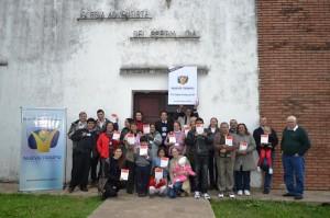 """Amigos que estudian la Biblia con la televisión Nuevo Tiempo, através del curso """"La Biblia Habla"""", en Argentina."""