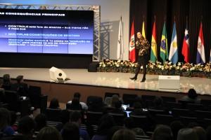 Multiplicidad de tecnologías, junto con el contenido relevante es la clave, dice Martha Gabriel