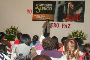 """Campaña """"rompiendo el silencio"""" reúne más de 5 mil hermanos"""