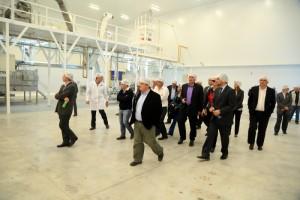 Las autoridades también visitaron la planta de CEAPE.