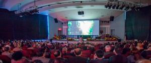 Más de cien personas vieron la superproducción que evidencia el acto de la creación bíblica.