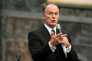 Mike Ryan, uno de los vicepresidentes de la Iglesia Adventista mundial, es presidente y director del proceso de planificación estratégica de la iglesia. [fotografía: Gerry Chudleigh]