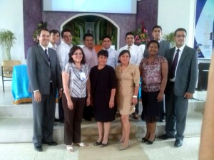 Administradores del ITSAE y organizadores del Congreso de Educación e Investigación.