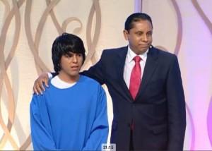 José Luis Mamani, un adolescente de 17 años que se bautizó en la séptima noche de La Última Esperanza.
