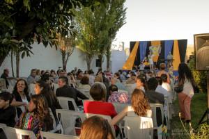 Centenares de oyentes participaron de la fiesta del aniversario.