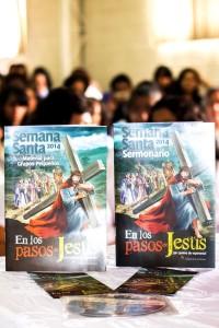 En el programa se presentaron los materiales que la Iglesia en Ecuador, usará durante Semana Santa.