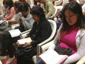 Inicia Semana Santa en Grupos Pequeños con los Amigos de Esperanza