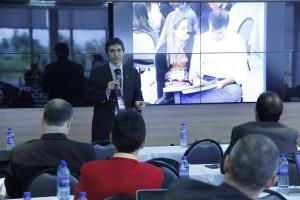 Pastor César Guandalini compartió los beneficios del curso de Finanzas para Matrimonios.