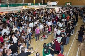 Cientos de personas se reunieron en las instalaciones del Instituto Adventista de Florida, Buenos Aires, el 16 de marzo.