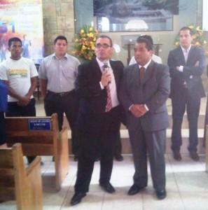 Pastores Jorge Rampogna y Remberto Sarzuri motivaron a los comunicadores que asistieron al evento