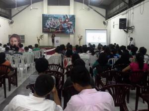 Todo lugar es propicio para evangelizar en Semana Santa