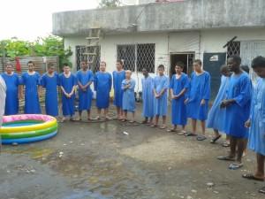 17 internos de un Centro de Rehabilitación de El Coca, tomaron la mañana de este Jueves Santo la decisión de caminar en los pasos de Jesús.