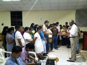 Muchos amigos, han respondido al llamado realizado para aceptar a Jesús como su Salvador. Ese es el sentido que #SemanaSantaUE, tiene para el pueblo de Dios: Testificar al mundo acerca del amor de Jesús. — en Misión Ecuatoriana del Norte.