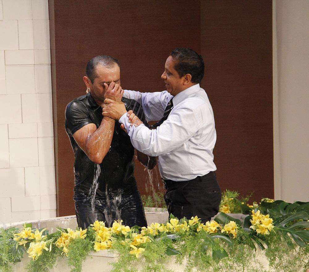 Ya en Brasilia, D´Assis fue bautizado durante la Junta Directiva Pleanria, que reúne líderes de toda América del Sur.